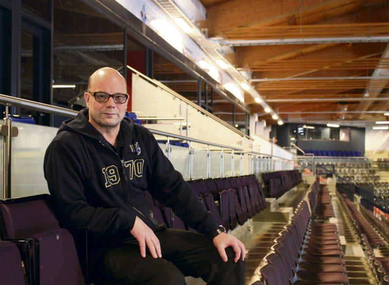 Katsomo kutsuu. Risto Dufva kertoo Jukurien ensi kauden pelityylin selviävän parhaiten paikan päällä.
