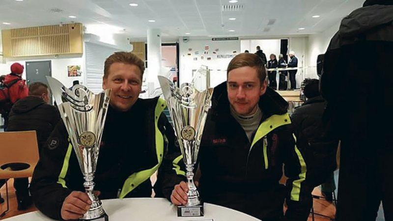 Juha Paavilainen ja Mika Lassila keräävät pokaaleja vuodesta toiseen. Kuvat: MHJ Racing Team