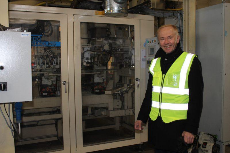 Synergiaa. Hirvensalmelle perustettu biohiilitehdas Noireco Oy hyödyntää Koskisen sahateollisuuden Vilkonharjun tuotantolaitoksen materiaalivirtoja. Ilkka Partilla on ollut iso osuus uuden teollisen tekijän synnyssä.